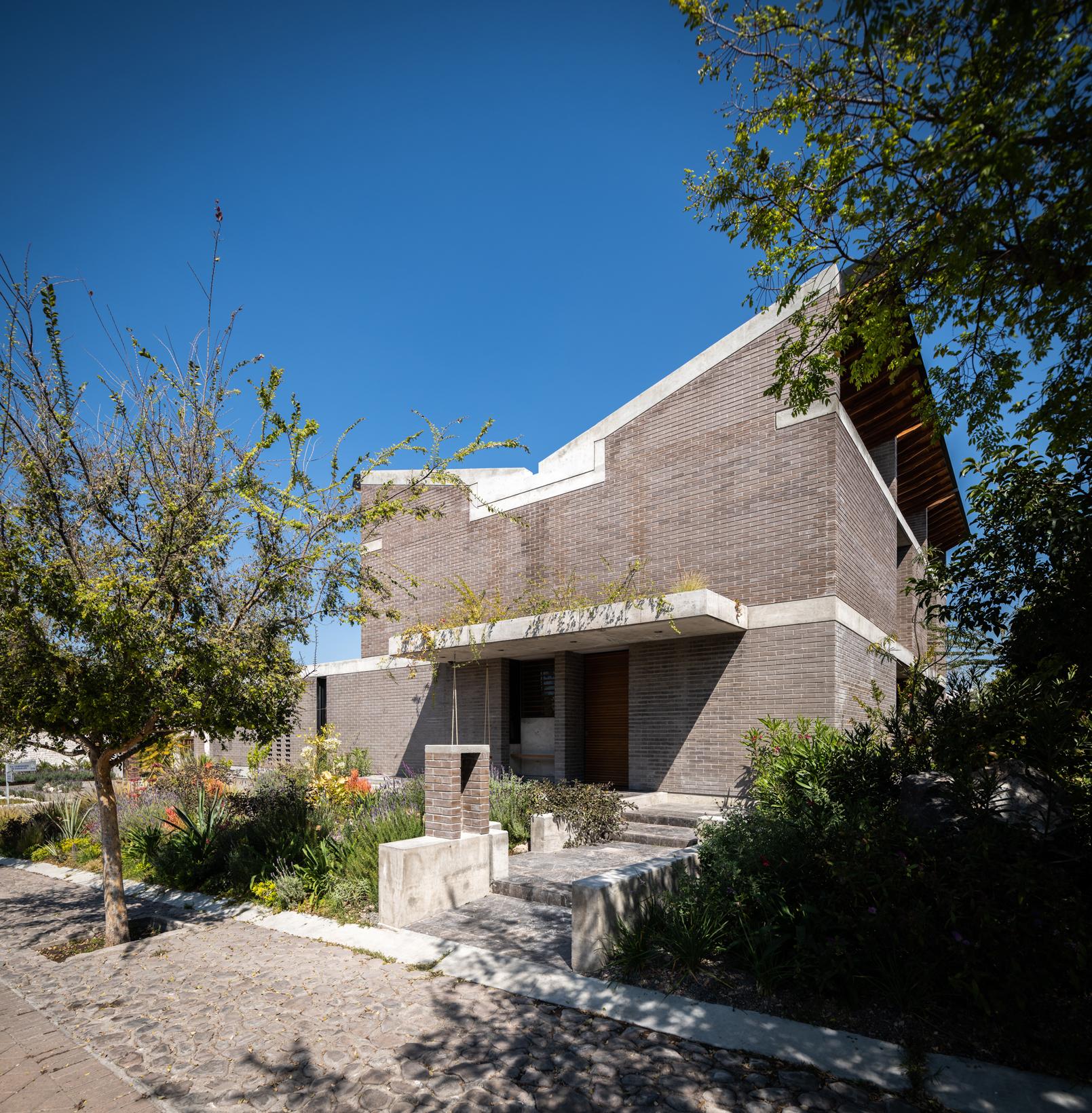 Birlain House