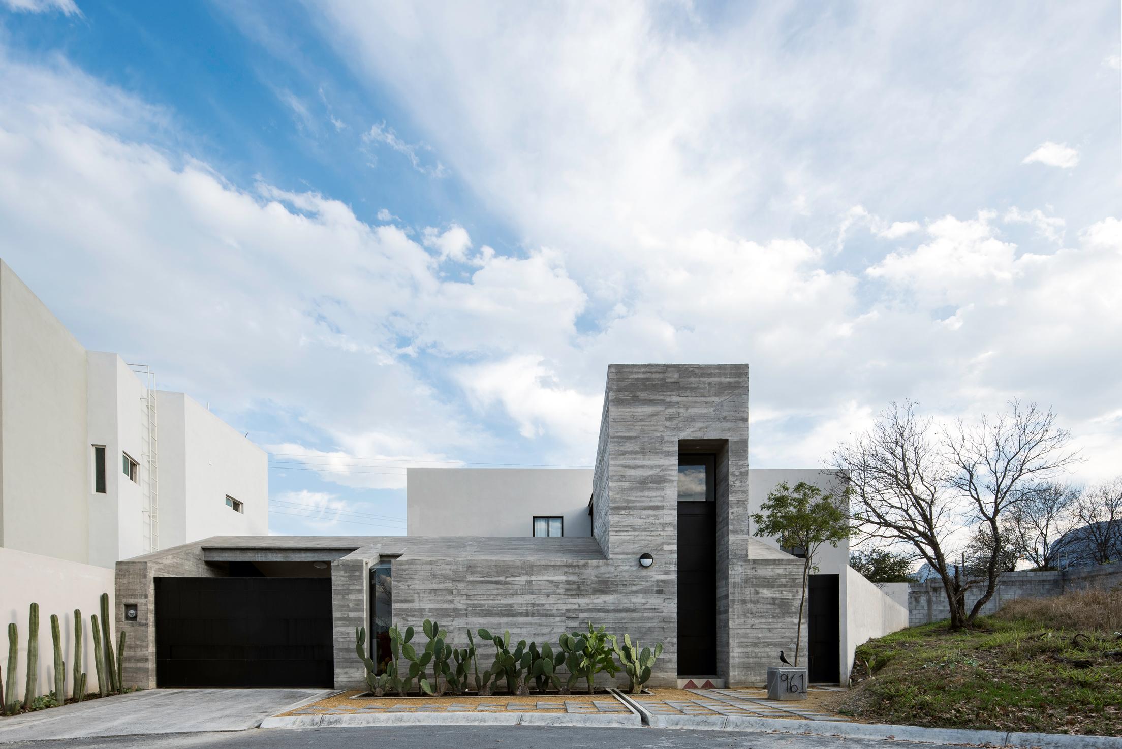 Pia House