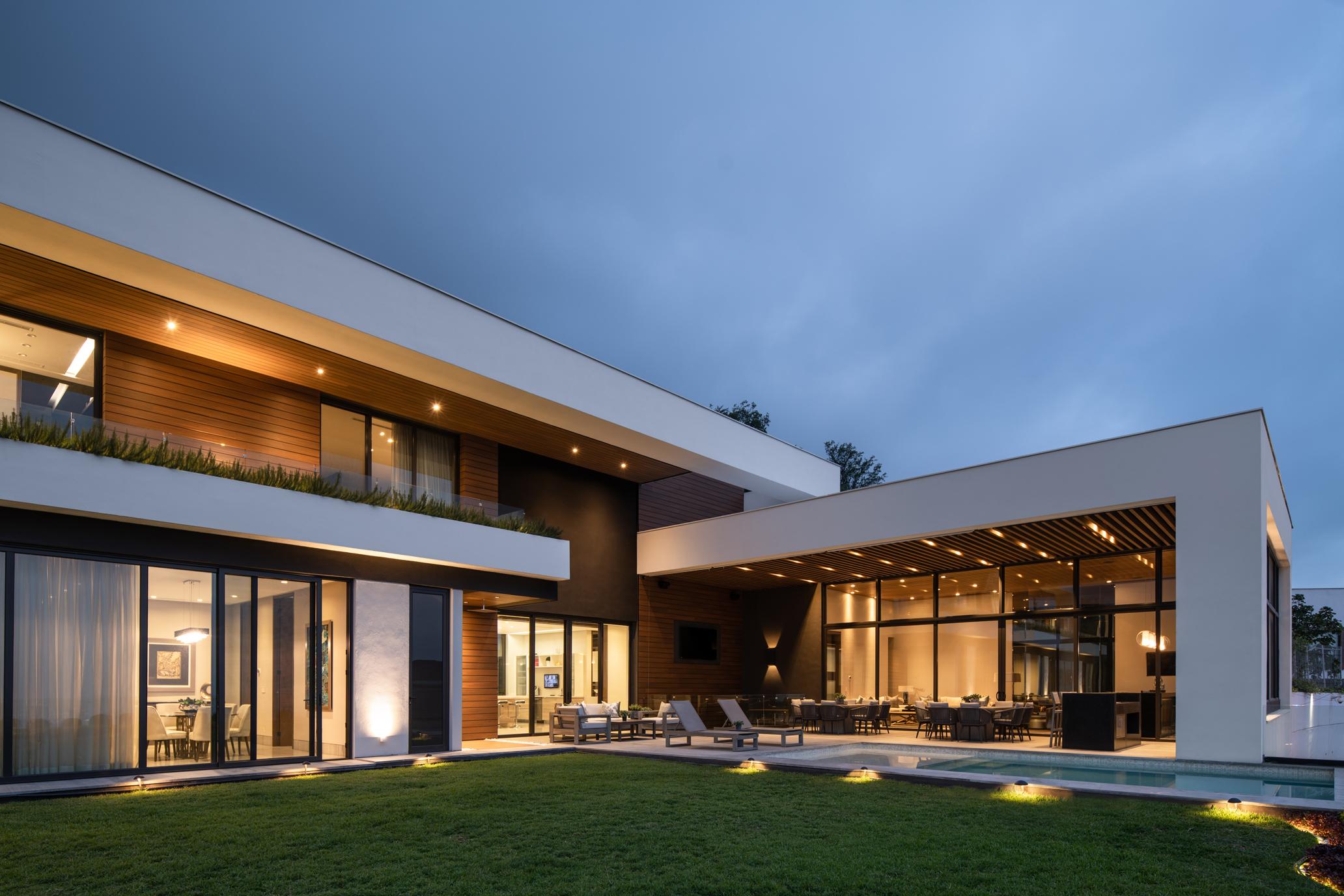 Sierra Chica House